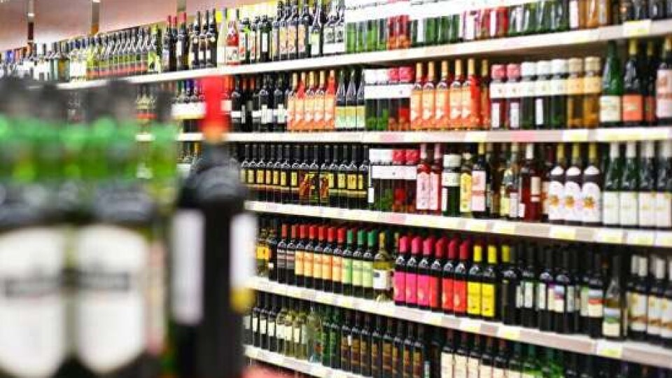 У приєднаних до Луцька селах хочуть заборонити продавати алкоголь увечері