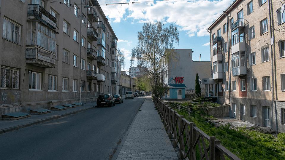 У Луцьку на вулиці Бандери хочуть зробити односторонній рух