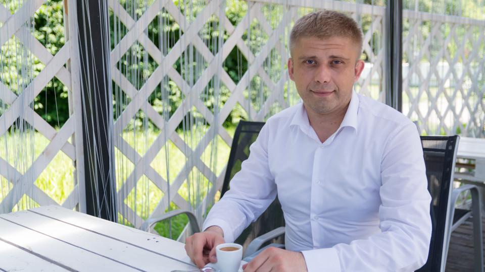 Адвокат Віталій Жуковський вітає жінок зі святом Весни
