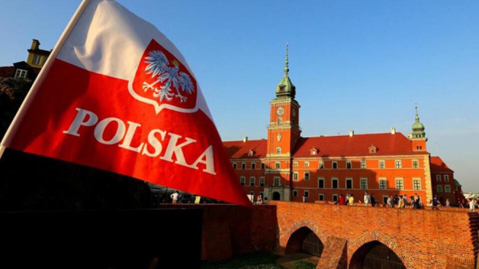 У Польщі вводять національний карантин з 28 грудня. Перелік обмежень