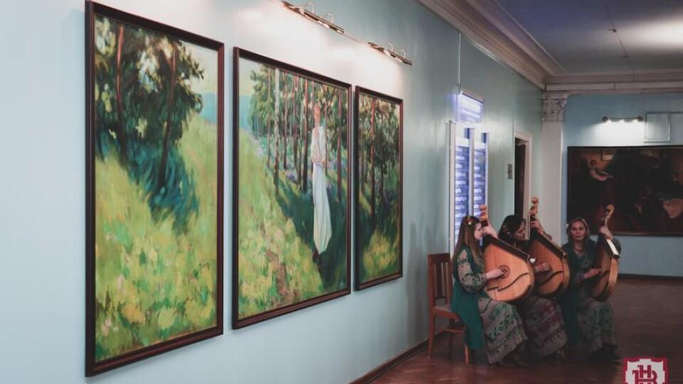 У Волинському національному університеті – виставка картин, присвячена Лесі Українці