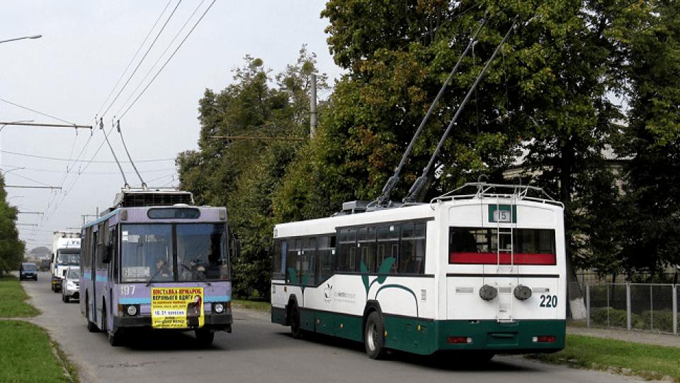 У Луцьку забрендують ще три тролейбуси