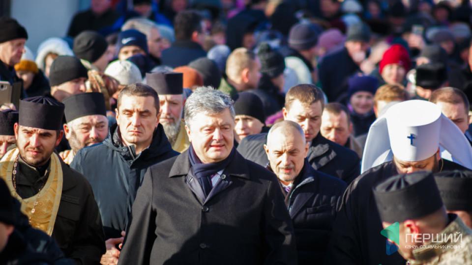 Порошенко показав відео свого візиту на Волинь