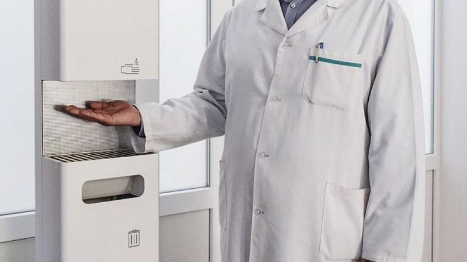 Досить піднести руки до сенсора. У трьох волинських лікарнях з'явилися гігієнічні станції