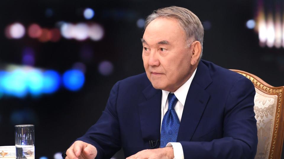 Президент Казахстану Назарбаєв, який керував країною 30 років, пішов у відставку