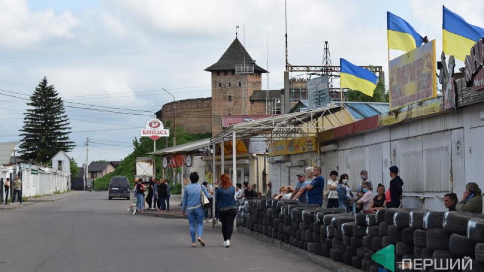 Сиротинська попередила про силовий демонтаж на Старому ринку. Підприємці написали заяву у поліцію