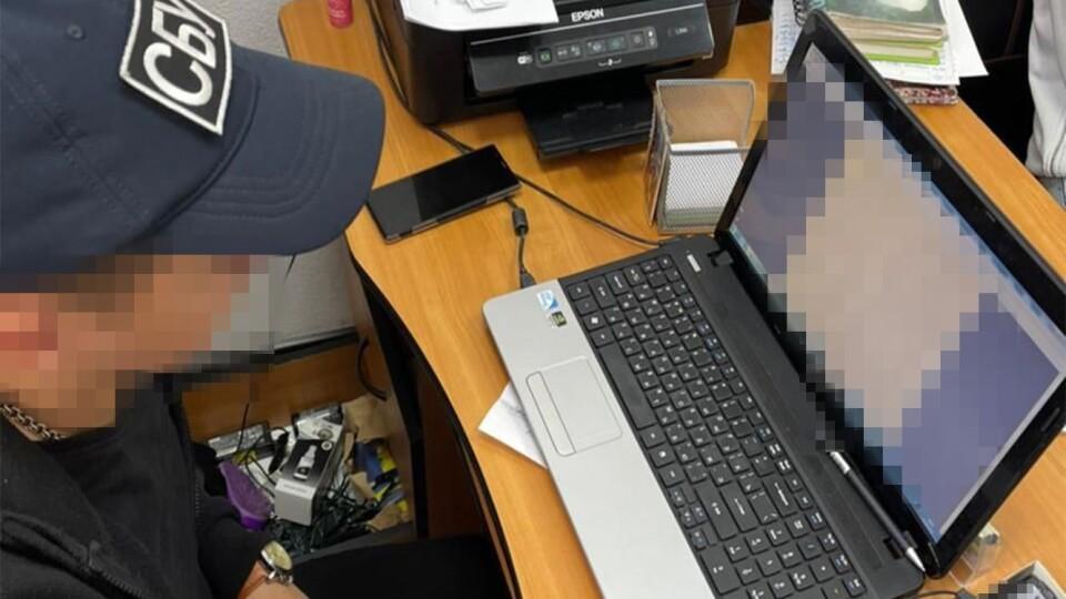 На Волині виготовляли фальшиві сертифікати про ковід-вакцинацію. Підпільну мережу накрили