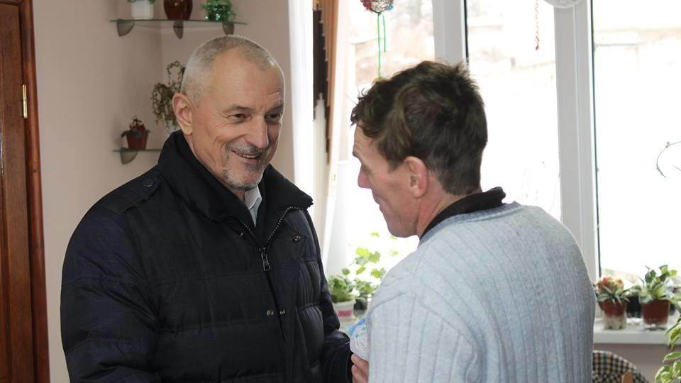 «Тріщини в будівлі є, але люди не мерзнуть», - Савченко про інтернат у Горохові. ФОТО