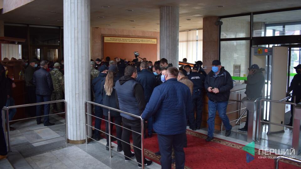 Ветерани пікетували Волинську ОДА. Дали 2 тижні на звільнення «донецьких» і «ексрегіоналів»