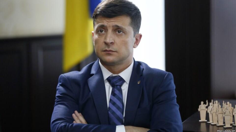 Зеленський збрехав на дебатах, що не був у Росії  з початку війни, – «Схеми»