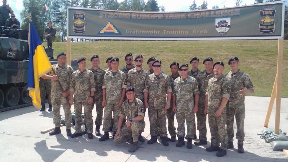 Опублікували фото танкістів 14-ї бригади на змаганнях у Німеччині