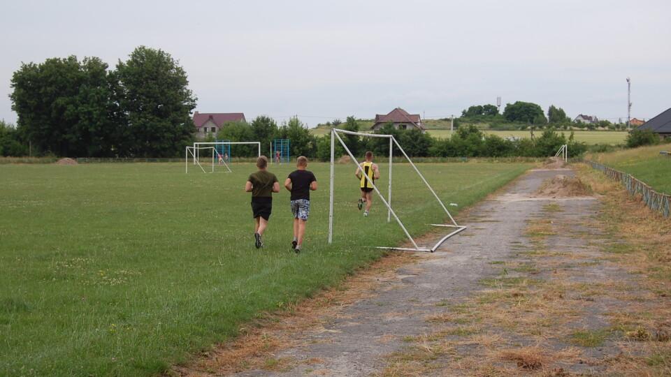 Через недобудовані майданчики рожищенські спортсмени їздять на тренування в Княгининок