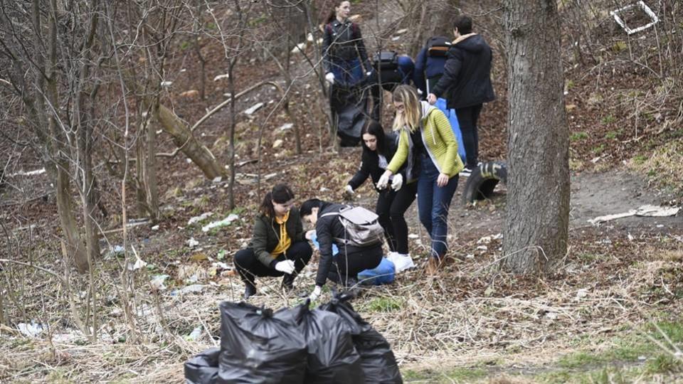 У  Луцьку 19 квітня –  загальноміське прибирання. Питають, де необхідно навести лад