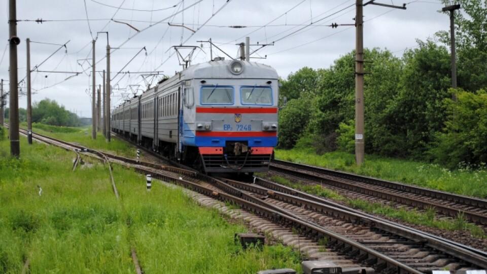 На Волині частково відновлюють рух приміських потягів