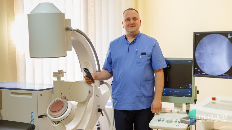 В обласній лікарні подрібнюють камені сечовидільної системи безболісно та без анестезії