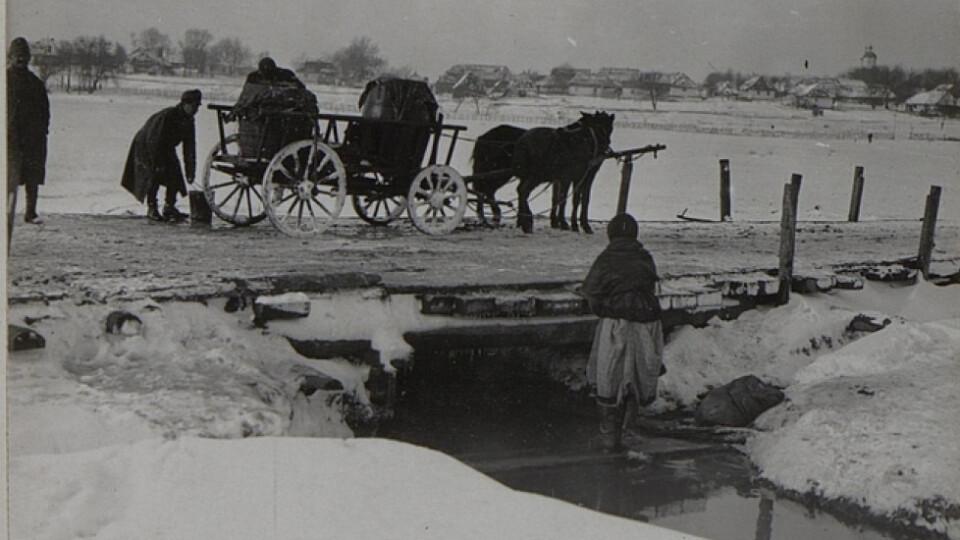 Аеростат і млини: показали 100-літні фото волинського села. ЗГАДАТИ ВСЕ