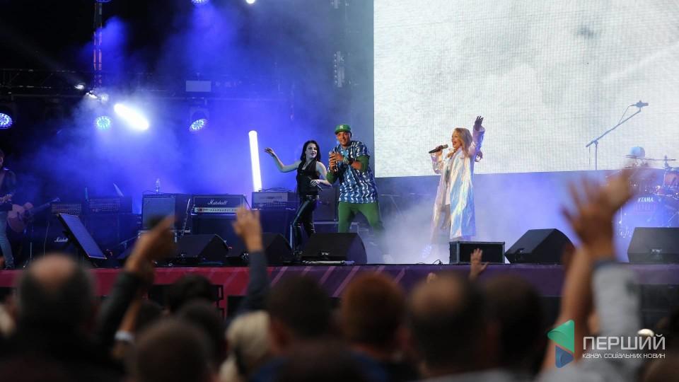 У Львові стартував концерт до 50-річчя Кузьми. ФОТО