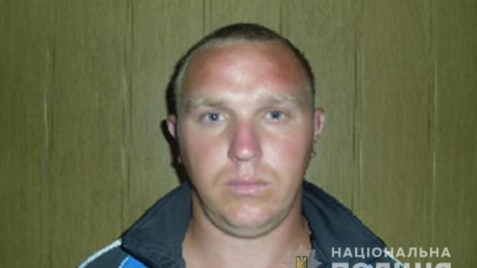 На Волині розшукують 30-річного чоловіка. Його підозрюють у побитті