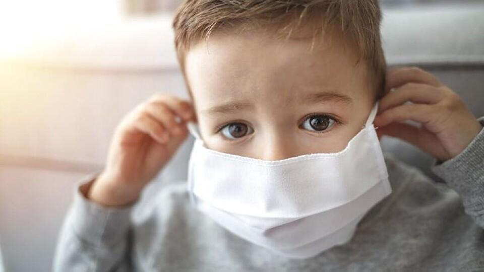 «Діти почали важко хворіти». Лікарка розповіла про підступність нових штамів ковіду в Україні