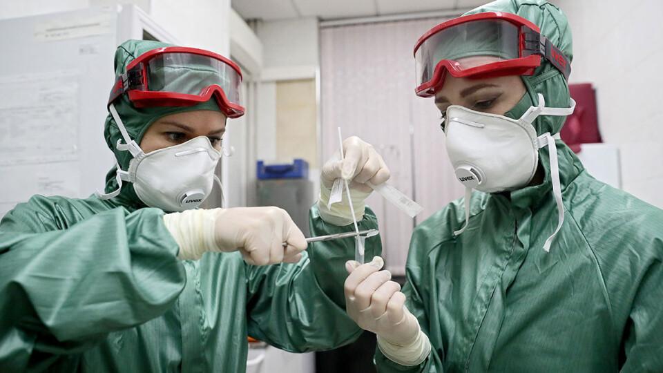За добу в Україні виявили 12 162 хворих на COVID-19. Одужало — 14 720