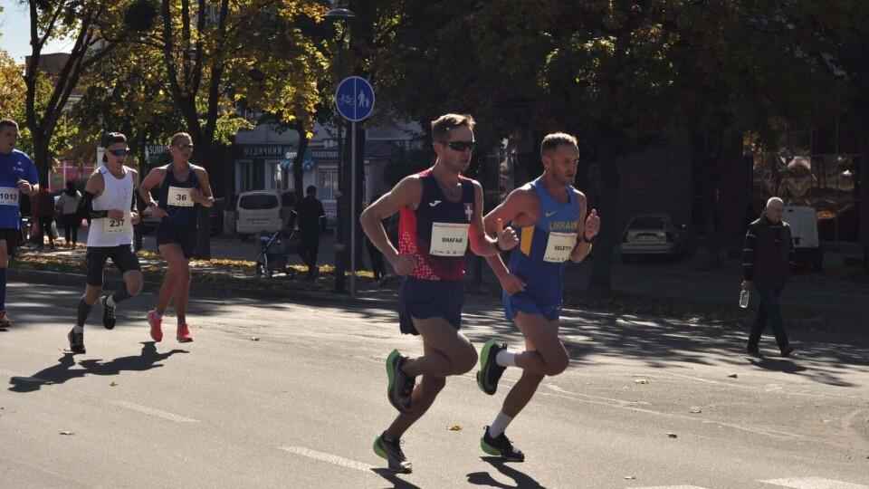 Волинський спортсмен виборов «срібло» на чемпіонаті України з марафонського бігу
