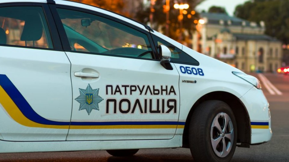 Луцька патрульна розповіла про дивні дзвінки на «102»