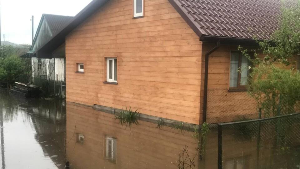У Ковелі через зливу підтопило будинки