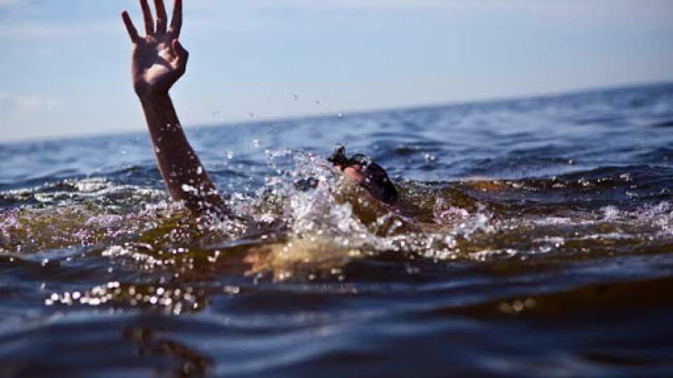 У Луцьку на центральному пляжі рятували 13-річну дитину, яка ледь не потонула