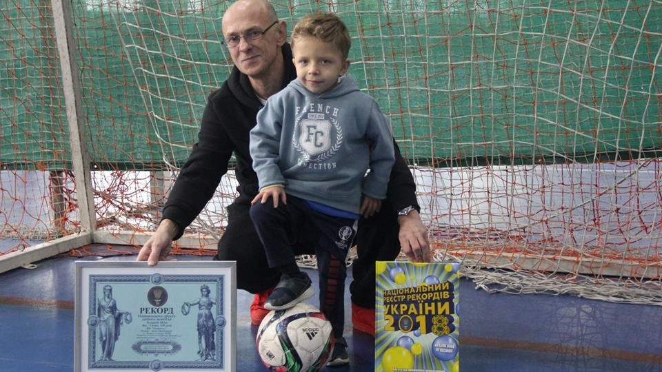 Хлопчик з Луцька увійшов до Книги рекордів через свій зріст. ФОТО