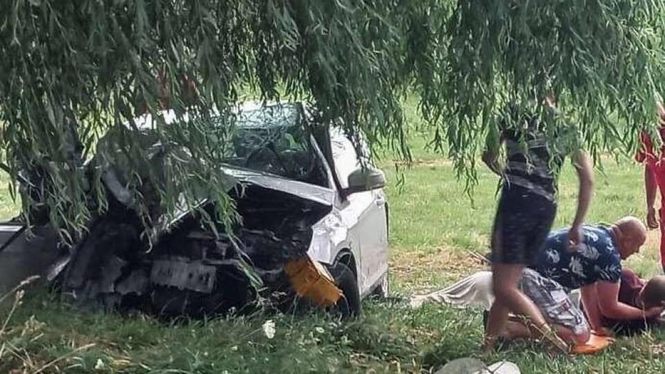 У Луцькому районі сталася смертельна ДТП. Загинули водій, пасажир та маленька дитина