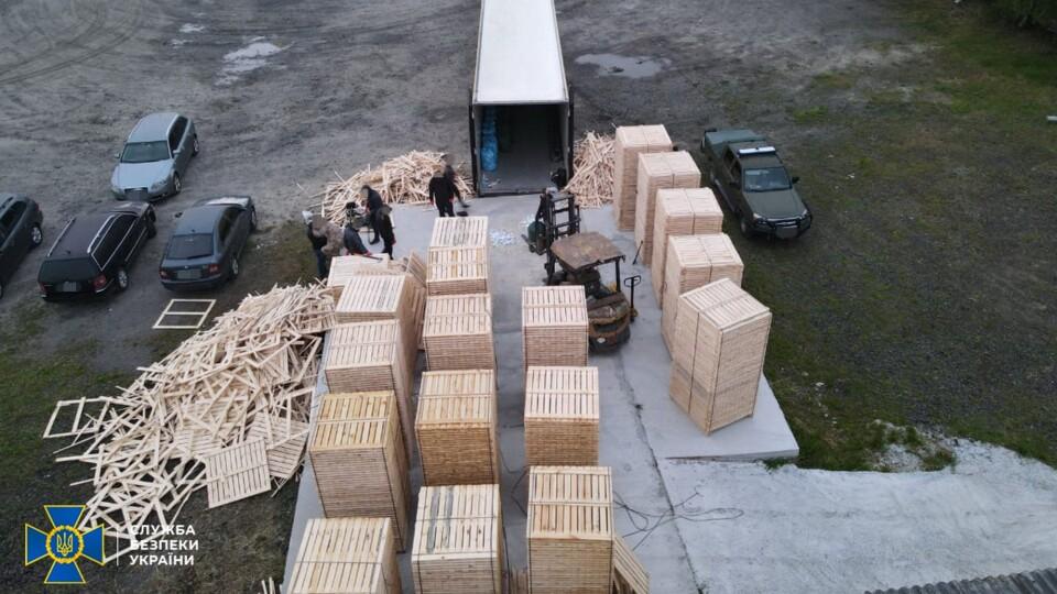 На митному посту «Ковель» затримали вантажівку з контрабандою на понад 18 млн грн