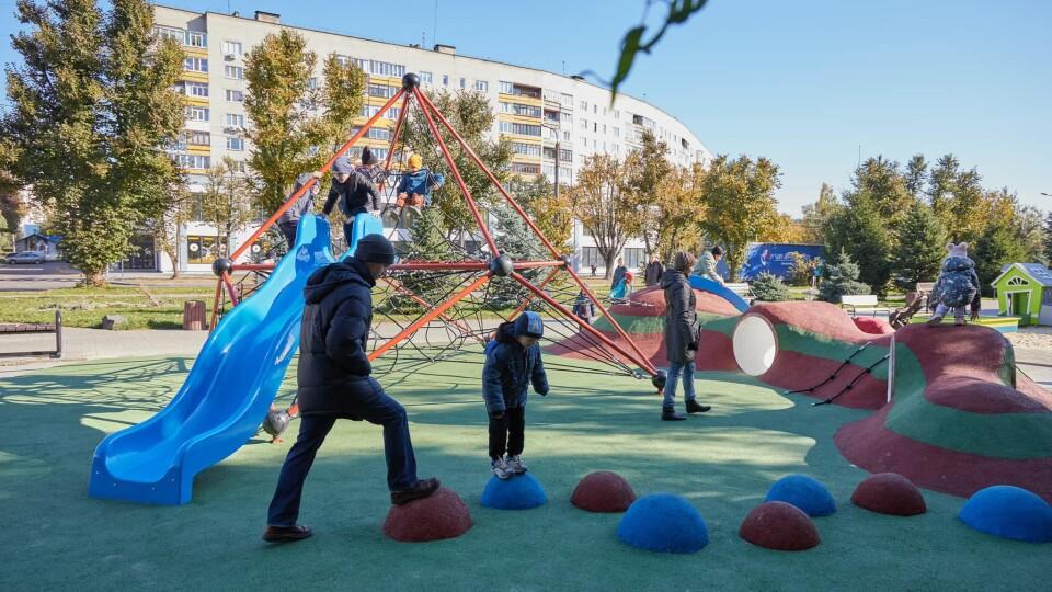 У Луцьку завершують будівництво першого урбан-парку
