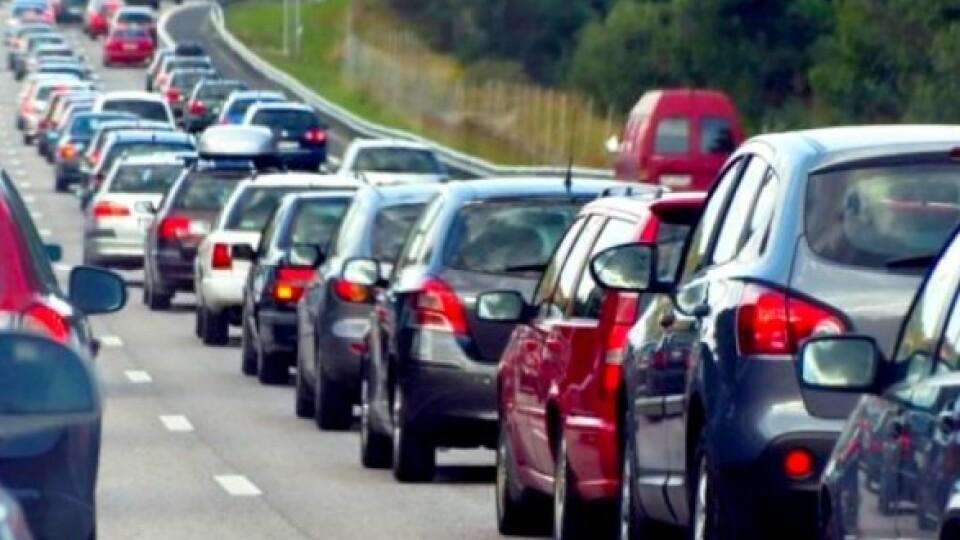 На кордоні з Польщею в чергах стоять майже 400 автівок