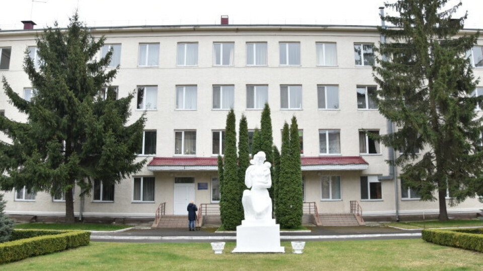«Ситуація критична». Депутати проголосували за відкриття ковідного госпіталю у луцькому пологовому