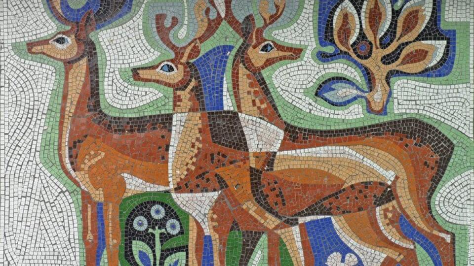 На Волині хочуть знести зупинку з авторською мозаїкою