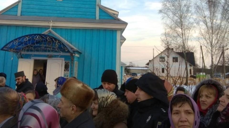 «Усе відбулося мирно і толерантно», – голова Камінь-Каширської РДА про рішення громади перейти у ПЦУ