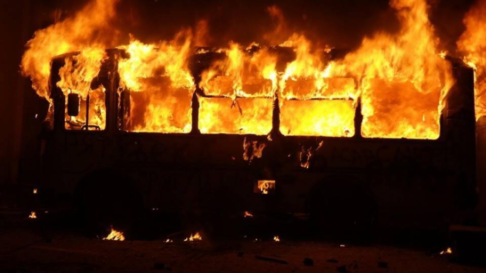 В одного з найбільших луцьких перевізників вночі згоріло чотири автобуси