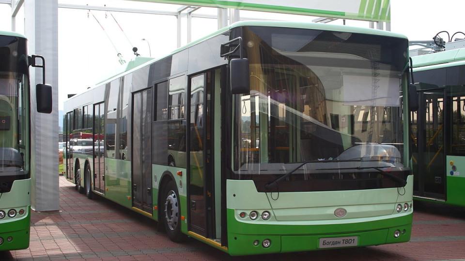 Перед Великоднем пустять більше тролейбусів до Гаразджі