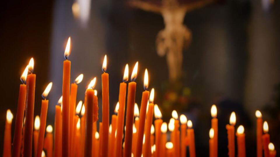Карантин вихідного дня: чи можна відвідувати богослужіння у храмах