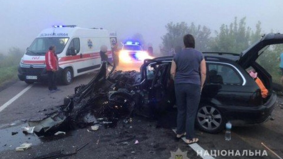 Черепно-мозкові травми та переломи: у якому стані семеро постраждалих у ДТП біля Луцька