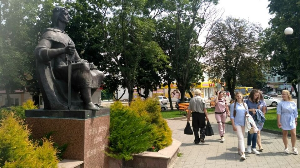 У Володимирі-Волинському «заговорили» пам'ятники