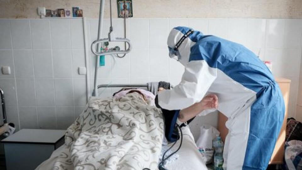 За добу від коронавірусу одужало майже 500 українців. Заразилися вже майже 23 тисячі