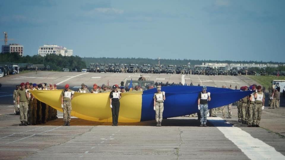 У Києві провели репетицію параду до 30-ї річниці Незалежності України. Відео
