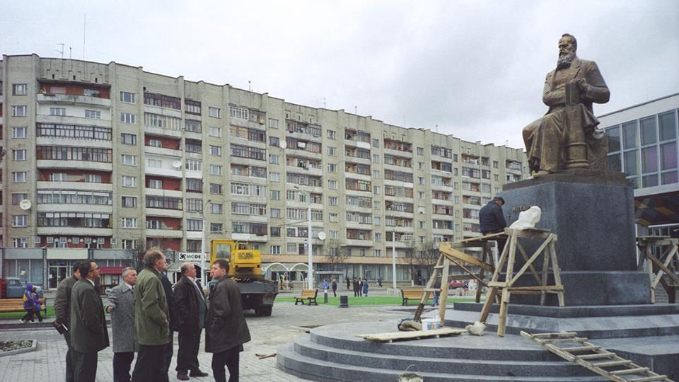 Як у Луцьку готувалися відкривати відомий пам'ятник. ЗГАДАТИ ВСЕ