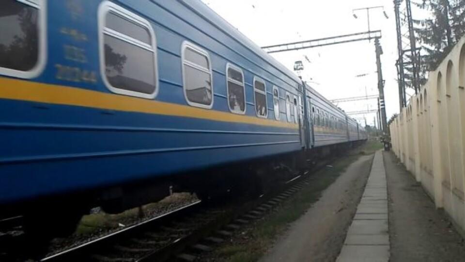 До зимових свят відновлюють рух потяга «Ковель – Одеса»