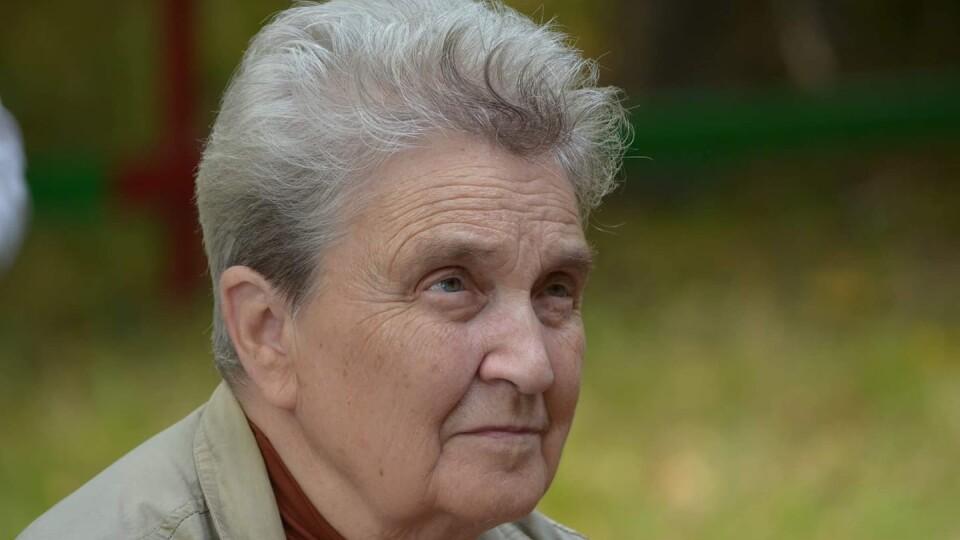 88-річна викладачка факультету філології ВНУ розповіла, як працює на «дистанційці»