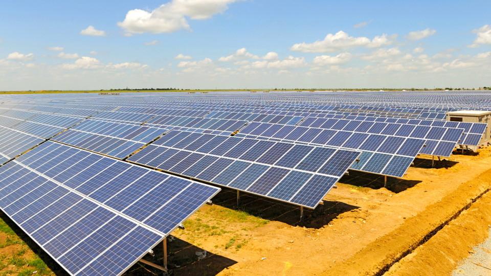 Минулого року в Україні встановили 163 сонячних електростанцій