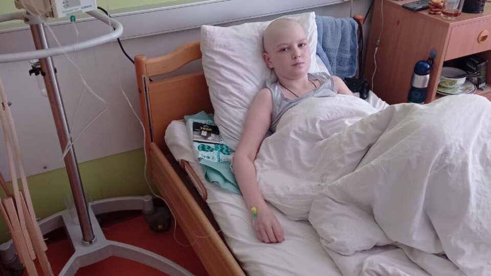13-річний лучанин захворів на рак кістки. Йому потрібна допомога