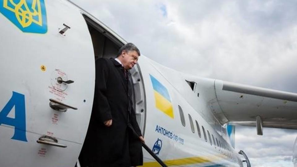 Петро Порошенко прилетів на Волинь