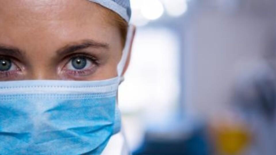 В Україні – 1 054 нових хворих на коронавірус